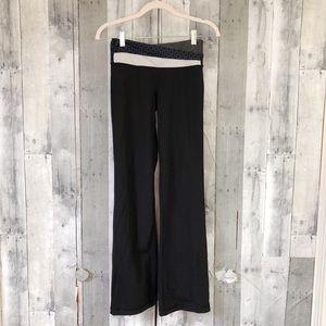 Lululemon Astro Pant crossover waist size 4